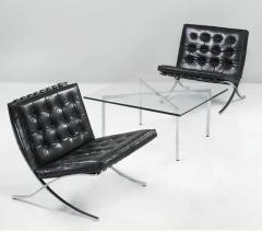 Ludwig Mies Van Der Rohe Museum Quality Ludwig Mies van der Rohe Barcelona Chairs with Table - 1223106