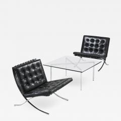Ludwig Mies Van Der Rohe Museum Quality Ludwig Mies van der Rohe Barcelona Chairs with Table - 1223527