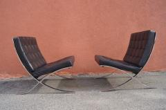 Ludwig Mies Van Der Rohe Pair of Barcelona Chairs by Mies van der Rohe for Knoll - 937240