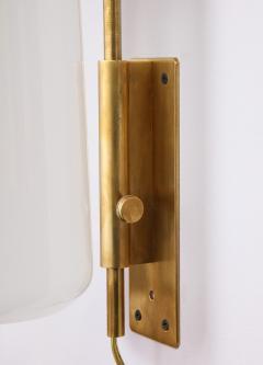 Luigi Caccia Dominioni A pair Set of four LP 10 Azucena brass and opaline glass wall sconces - 1023230