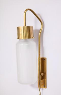 Luigi Caccia Dominioni A pair Set of four LP 10 Azucena brass and opaline glass wall sconces - 1023232