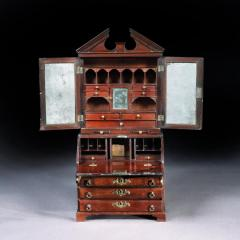 MASTERPIECE MINIATURE BOOKCASE ENGLISH CIRCA 1745 - 2048253