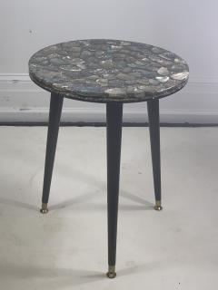 MID CENTURY ABALONE RESIN TOP TRIPOD TABLE - 1148791