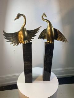 MODERNIST BRASS EXOTIC BIRDS ON MARBLE PEDESTAL SCULPTURES - 1851484