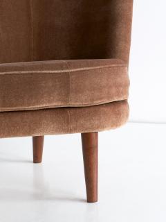 Maija Liisa Komulainen Maija Liisa Komulainen Asymmetrical Sofa in Velvet and Beech Finland 1950s - 1609790