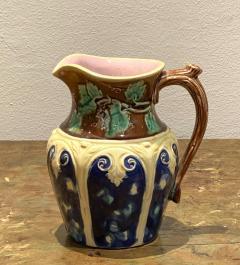Majolica Pitcher with Grape Vine England Circa 19th Century - 1587547