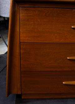 Melchiorre Bega Italian Modern Walnut 6 drawer Dresser Melchiorre Bega - 1392942