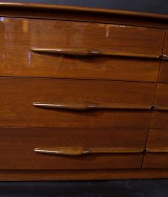 Melchiorre Bega Italian Modern Walnut 6 drawer Dresser Melchiorre Bega - 1392949