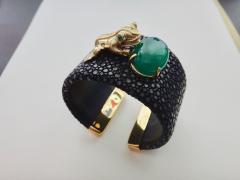 Michael Kneebone Emerald Botswana Agate Stringray 18k Gold Inca Frog Cuff - 1179569