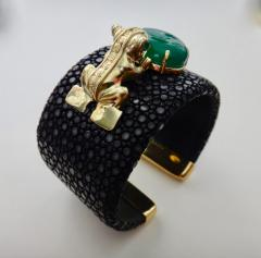 Michael Kneebone Emerald Botswana Agate Stringray 18k Gold Inca Frog Cuff - 1179575