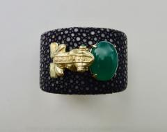 Michael Kneebone Emerald Botswana Agate Stringray 18k Gold Inca Frog Cuff - 1179577