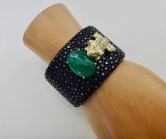 Michael Kneebone Emerald Botswana Agate Stringray 18k Gold Inca Frog Cuff - 1179578