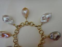Michael Kneebone Michael Kneebone Baroque Colored Pearl 18 Karat Gold Charm Bracelet - 1021720