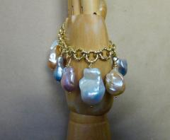 Michael Kneebone Michael Kneebone Baroque Colored Pearl 18 Karat Gold Charm Bracelet - 1021721