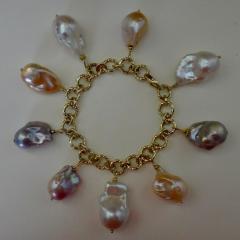 Michael Kneebone Michael Kneebone Baroque Colored Pearl 18 Karat Gold Charm Bracelet - 1021726