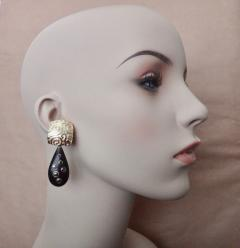 Michael Kneebone Michael Kneebone Black Diamond Ebony 18k Gold Petroglyph Dangle Earrings - 1290272