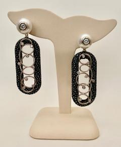 Michael Kneebone Michael Kneebone Black Shagreen White Pearl Diamond Dangle Earrings - 1651715
