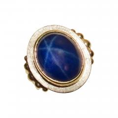 Michael Kneebone Michael Kneebone Blue Star Sapphire 18 Karat Gold Ring - 997491