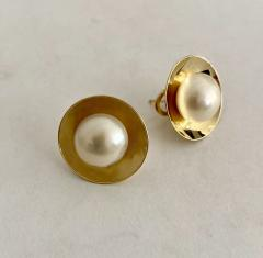 Michael Kneebone Michael Kneebone Button Pearl 18K Yellow Gold Earrings - 1939810