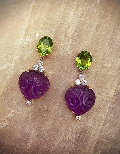 Michael Kneebone Michael Kneebone Carved Amethyst Peridot Diamond Dangle Earrings - 1528219