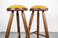 Micheal Rozell Pair of Michael Rozell Studio Bar Stools Figured Walnut and Leather - 1460292