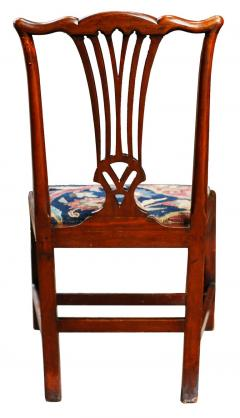 Mid 18th Century American Walnut Chippendale Chairs with Ushak Seats - 1708346