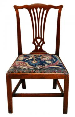 Mid 18th Century American Walnut Chippendale Chairs with Ushak Seats - 1708347