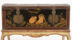 Mid 19th Century Chinoiserie Trunk - 1179215