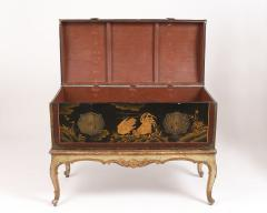 Mid 19th Century Chinoiserie Trunk - 1179217
