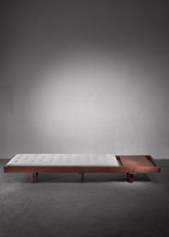 Mid Century Daybed with head table - 1247253