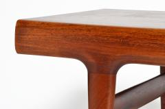 Mid Century Modern Coffee Table with Storage - 936285