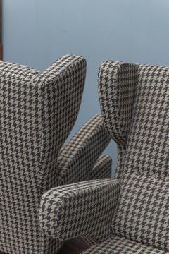 Mid Century Modern Italian Large Lounge Chairs - 1774626