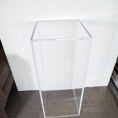 Mid Century Modern Minimalist Volumetric Rectangular Translucent Lucite Pedestal - 1560288