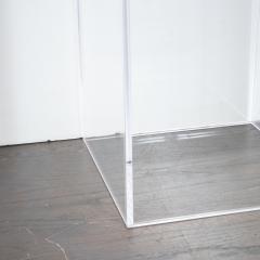 Mid Century Modern Minimalist Volumetric Rectangular Translucent Lucite Pedestal - 1560292