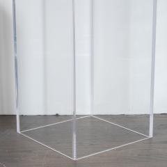 Mid Century Modern Minimalist Volumetric Rectangular Translucent Lucite Pedestal - 1560311