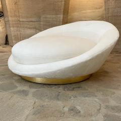 Milo Baughman MILO BAUGHMAN Luxurious White Round Loveseat Sofa Lounge Gold Leaf Base 1970s - 2019930