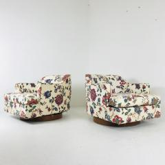 Milo Baughman Pair Of Floral Swivel Chairs In The Style Of Milo Baughman    550275