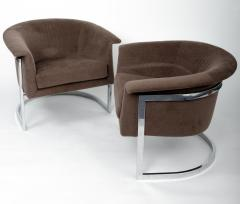 Milo Baughman Pair of Lounge Chairs in the style of Milo Baughman - 1343300