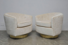 Milo Baughman Pair of Milo Baughman Swivel Chairs on Brass Bases - 643042