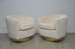 Milo Baughman Pair of Milo Baughman Swivel Chairs on Brass Bases - 643044