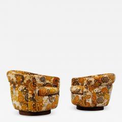 Milo Baughman Pair of Milo Baughman for Thayer Coggin Jack Lenor Larsen Fabric Swivel Chairs - 2119512