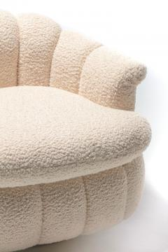 Milo Baughman Post Modern Ivory White Boucl Clam Shell Swivel Lounge Chairs - 2101332