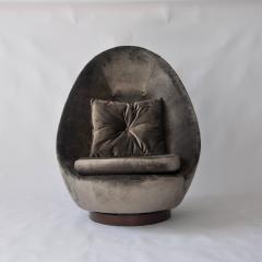 Milo Baughman Rare Large Scale Milo Baughman Swivel Chair - 556575