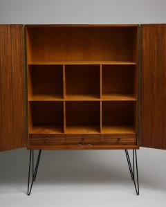 Minimalist mahogany cabinet with subtle rosewood inlay - 1373155