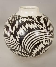 Modern Japanese Black and White Ceramic Studio Vase - 1905758