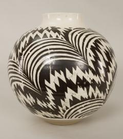 Modern Japanese Black and White Ceramic Studio Vase - 1905806