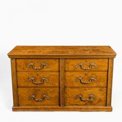 Morel and Seddon A fine George IV burr oak chest of drawers in the manner of Morel and Seddon - 1783661