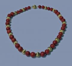 Natural Red Coral and Gold Necklace 20th Century - 474070