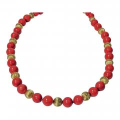 Natural Red Coral and Gold Necklace 20th Century - 475779