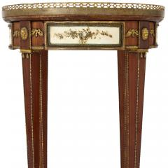 Neoclassical style gilt bronze mounted wooden side table - 1433200